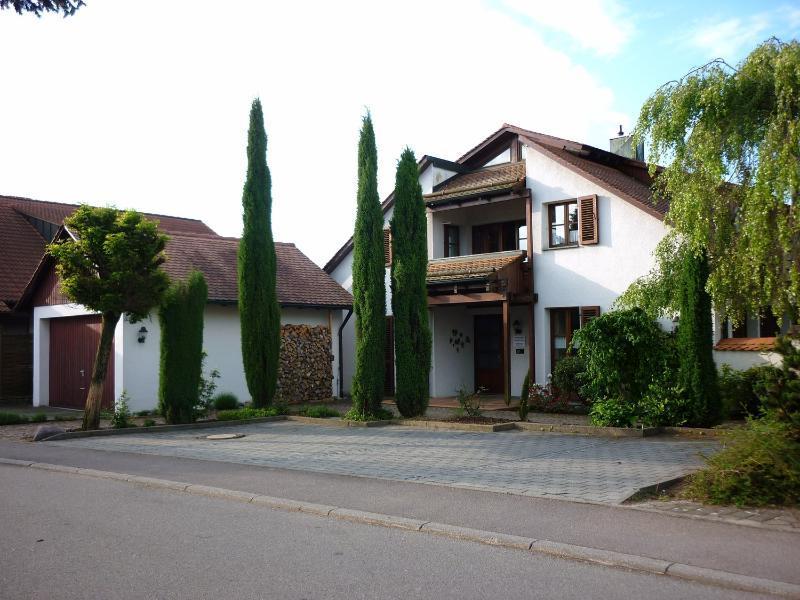 Charmante Landhausvilla mit Arztpraxis in bevorzugter Lage von Pfullendorf