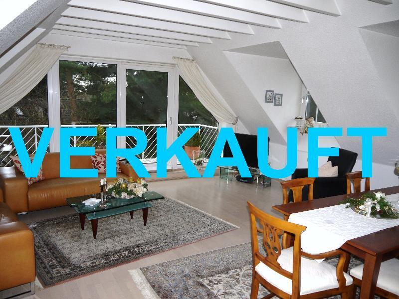 Traumhafte Dachgeschoss Wohnung in zentrumsnaher Lage von Haan