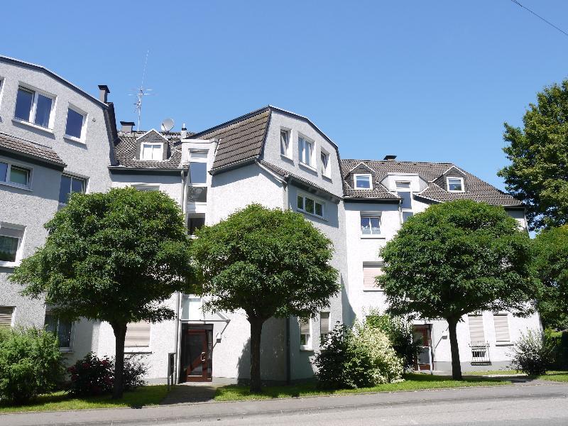 Sehr schöne, großzügige 2-Zimmer Etagenwohnung in zentrumsnaher Lage von Haan