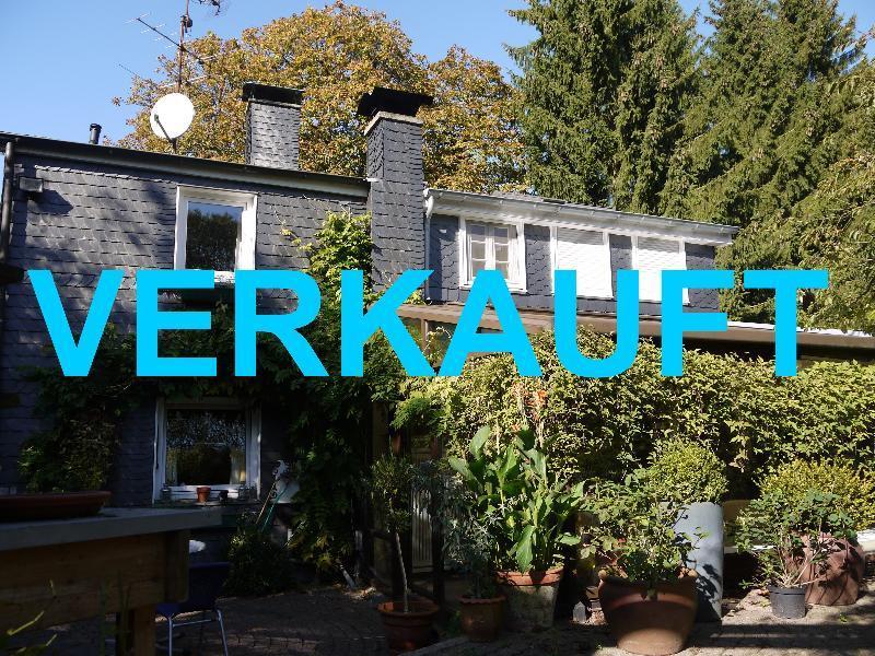 Attraktives freistehendes Einfamilienhaus mit herrlichem Garten in Wuppertal-Cronenberg