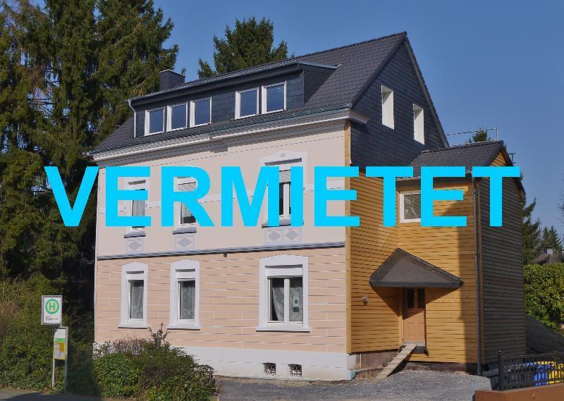 Komplettsanierte Altbau Maisonettewohnung mit herrlicher Dachterrasse in Solingen-Wald