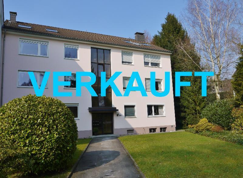 Kaufen statt Mieten ! Attraktive 3-Zimmer Hochparterrewohnung mit Dachstudion in ruhiger Lage von Haan-Gruiten