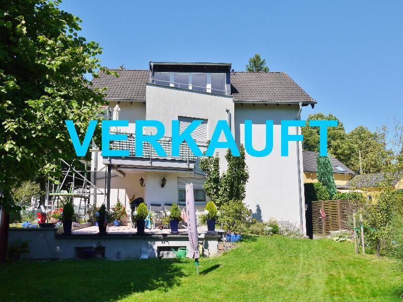 Attraktive 5 Zimmer Dachgeschosswohnung in bevorzugter Lage von Haan