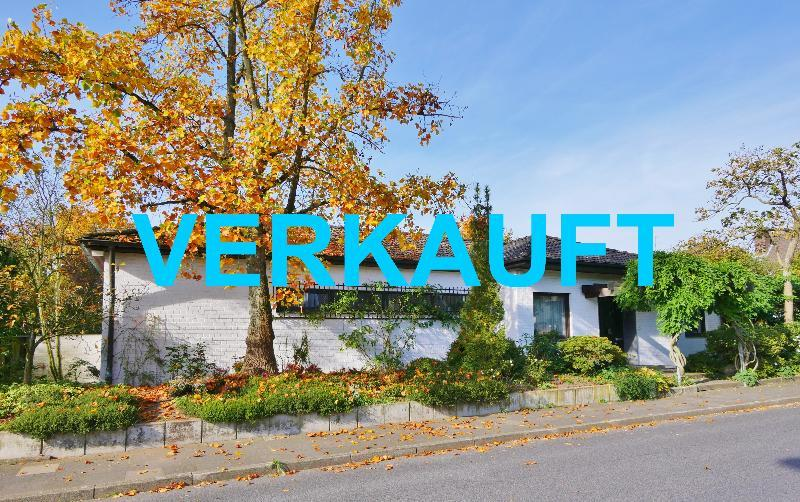 Stilvoll Wohnen in Hilden-Süd ! Großer Winkelbungalow in bester Lage von Hilden