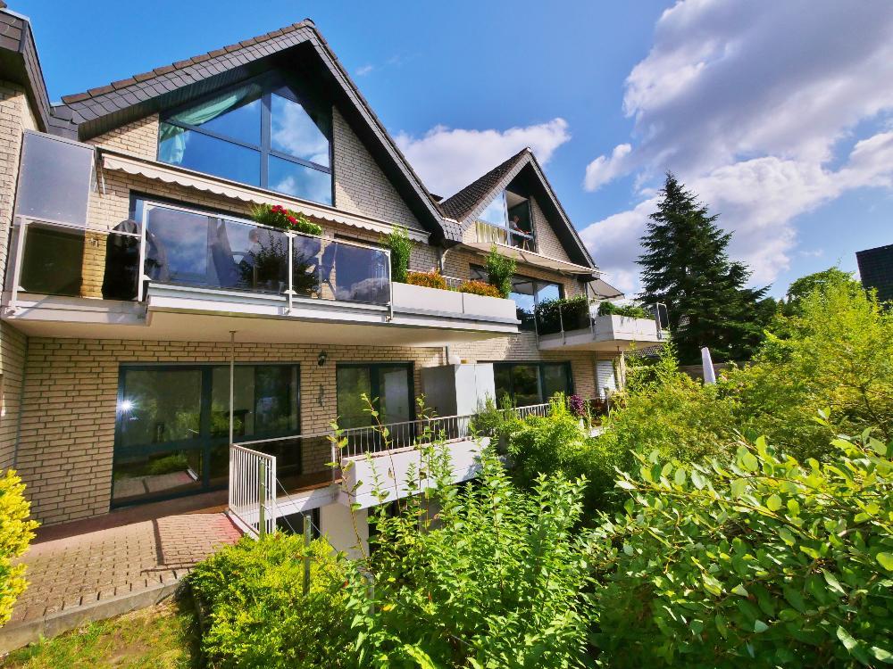 Sehr schöne 4-Zimmer Erdgeschoss Maisonettewohnung mit Terrasse und kleinem Garten in ruhiger Lage von Haan