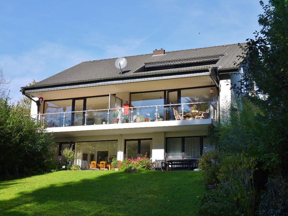 Traumhafte 3-Zimmer Dachgeschosswohnung in bester Lage von Haan-Thienhausen