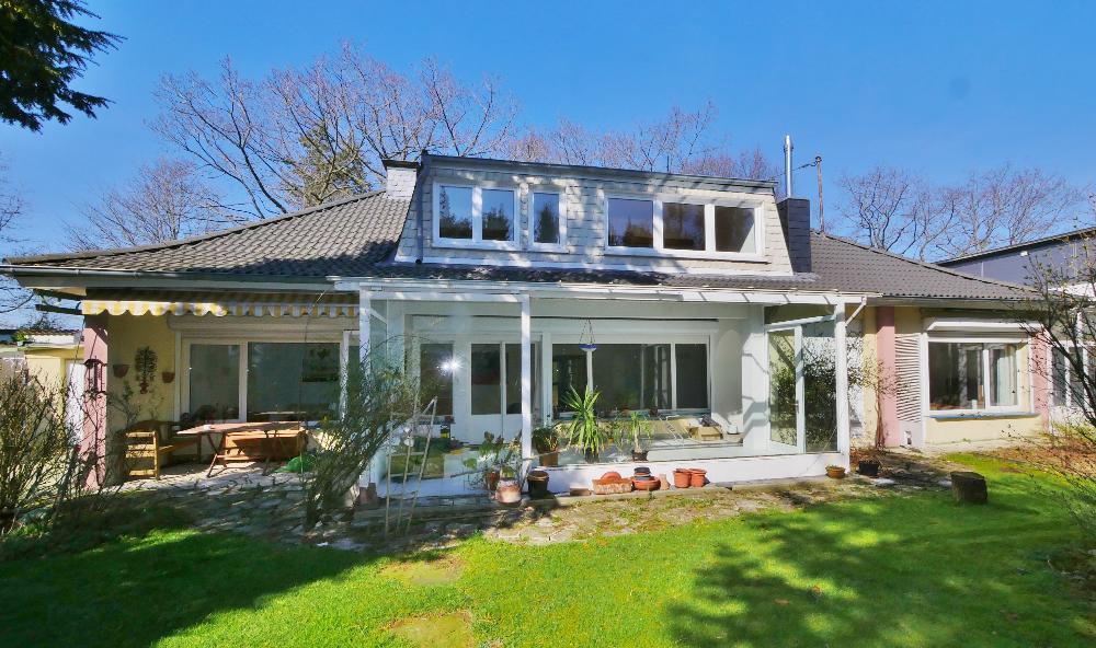 Individuelles, freistehendes Einfamilienhaus mit vielen Möglichkeiten in Wuppertal